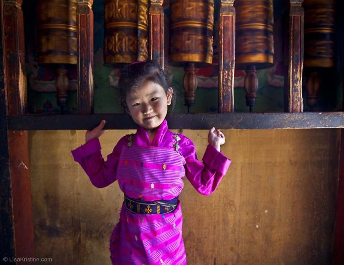 top-10-photographers-for-travel-portraits19__700