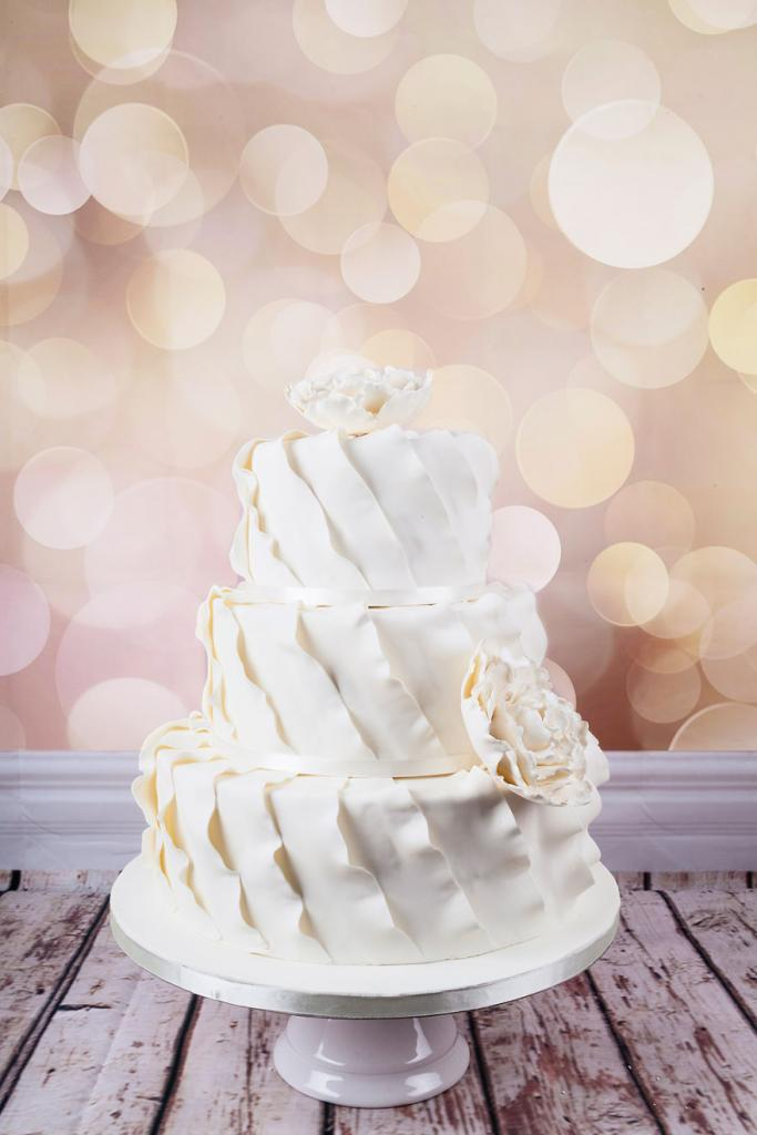 wedding-couture-cakes12__880