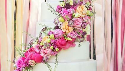 Дизайнерские свадебные торты, которые украсят любую свадьбу