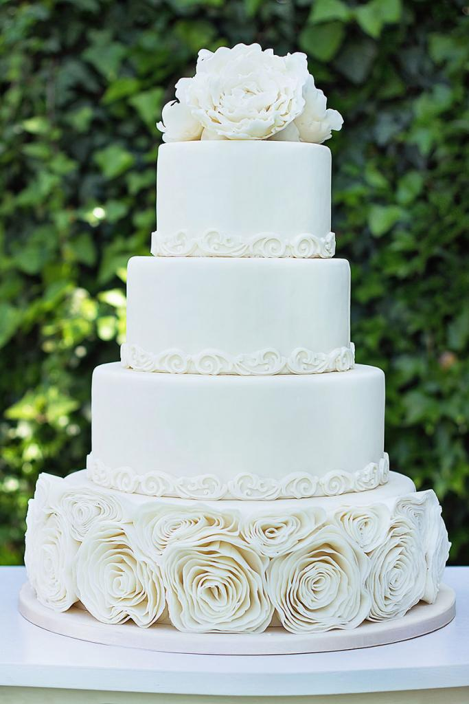 wedding-couture-cakes19__880