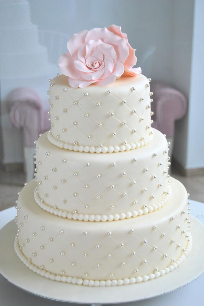 wedding-couture-cakes23__880