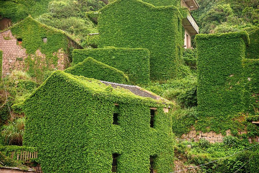 abandoned-village-zhoushan-china-105
