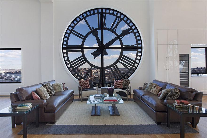 Окно-часы