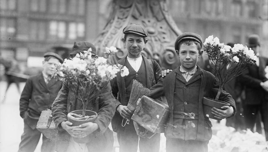 Дети перед Пасхой, Нью-Йорк, апрель 1908 года