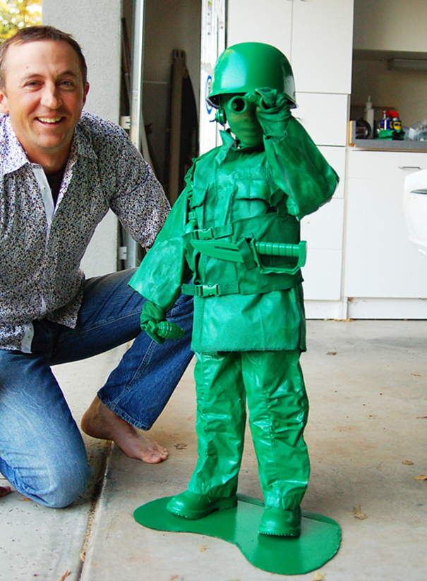 Игрушечный солдат