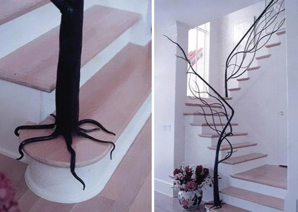 Лестница с перилами-деревьями