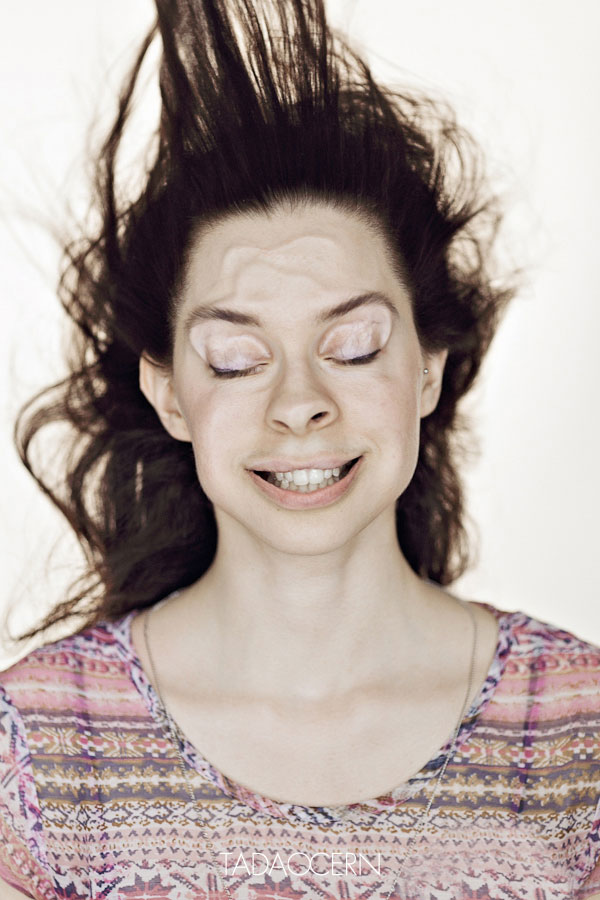 funny-portraits-blow-job-tadas-cerniauskas-2