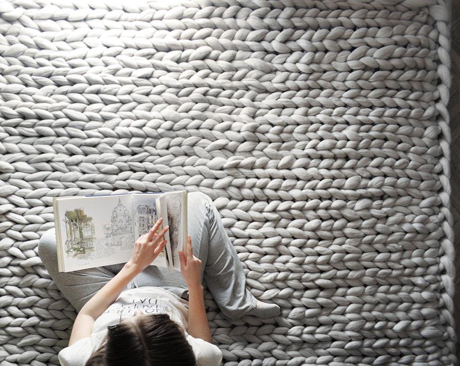 giant-super-chunky-wool-knitwear-blankets-anna-mo-23