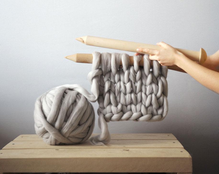 giant-super-chunky-wool-knitwear-blankets-anna-mo-37