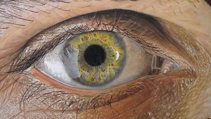 Гиперреалистические рисунки человеческих глаз, которые легко перепутать с фотографиями