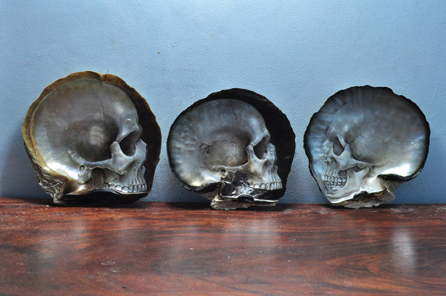 mother-of-pearl-shell-skull-carving-gregory-halili-3