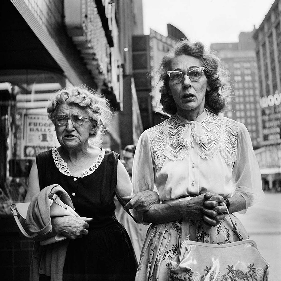 new-york-chicago-street-photography-vivian-maier-13