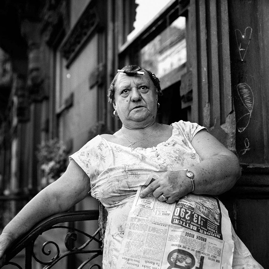 new-york-chicago-street-photography-vivian-maier-21