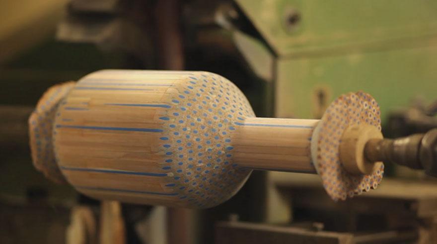 pencil-vase-amalgamated-studio-markunpoika-5