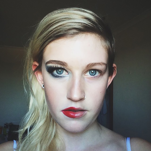 power-of-makeup-selfies-half-face-trend-31__605