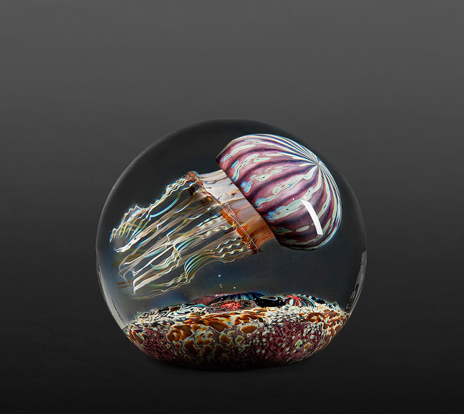 realistic-glass-jellyfish-sculpture-richard-satava-11