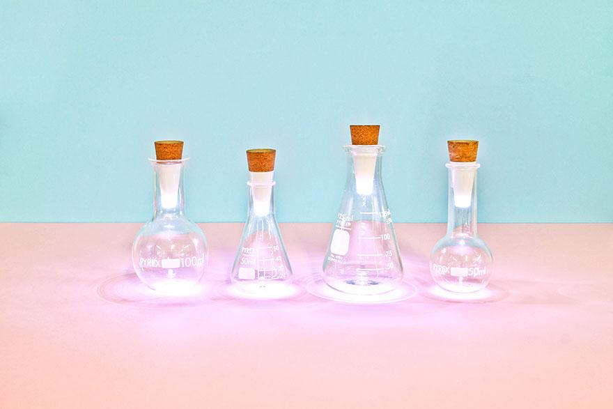 rechargeable-usb-led-bottle-light-suck-uk-10