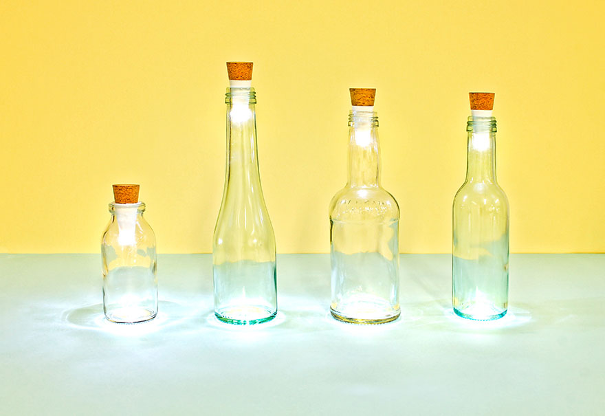 rechargeable-usb-led-bottle-light-suck-uk-9