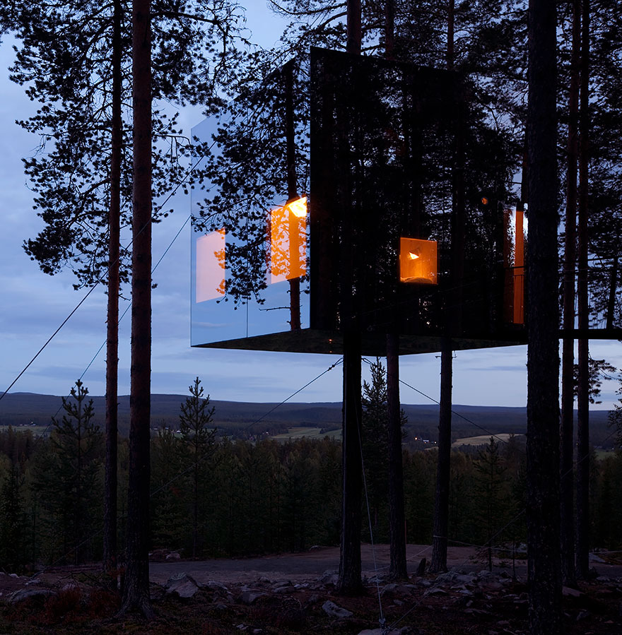 Отель Mirrorcube Tree House, Швеция