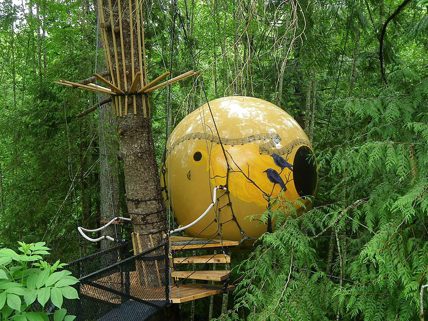 Отель Free Spirit Spheres, Канада