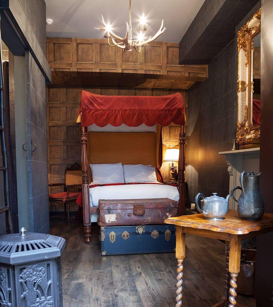 Отель Гарри Поттер, Лондон