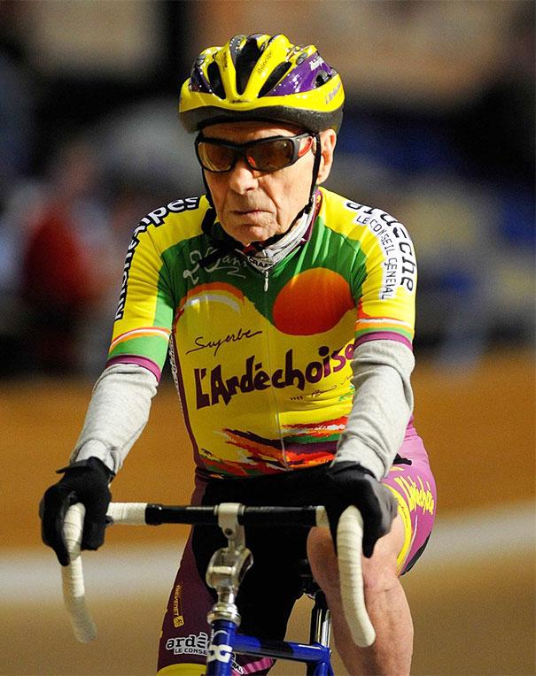 103-летний велосипедист Роберт Маршан