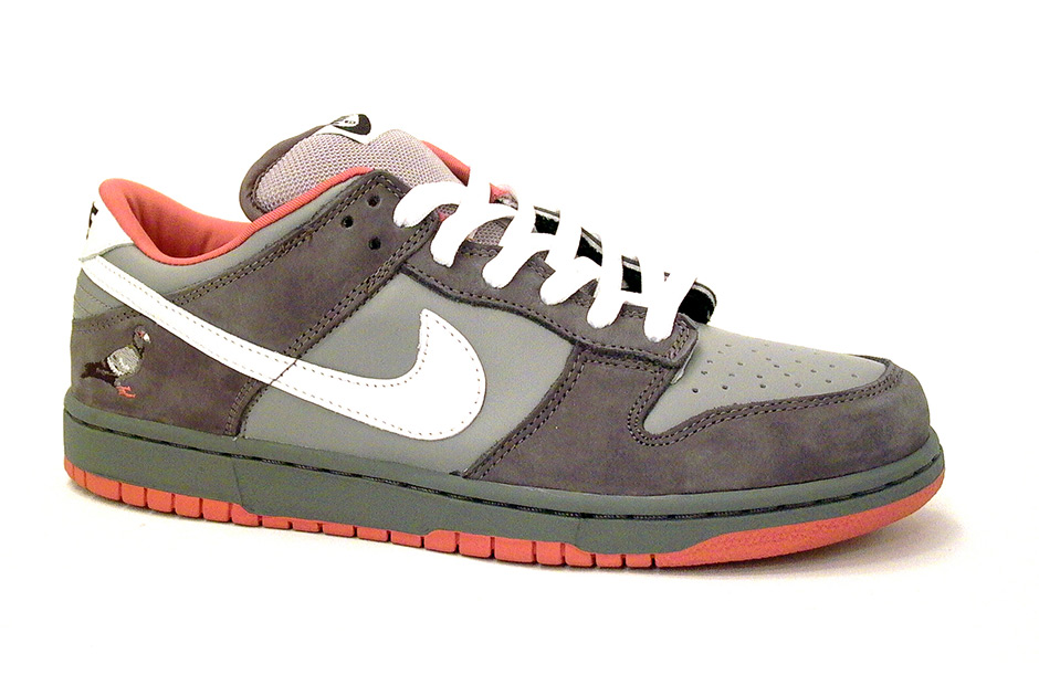 Модель марки Nike, 2005 год