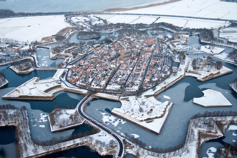 Наарден, Нидерланды