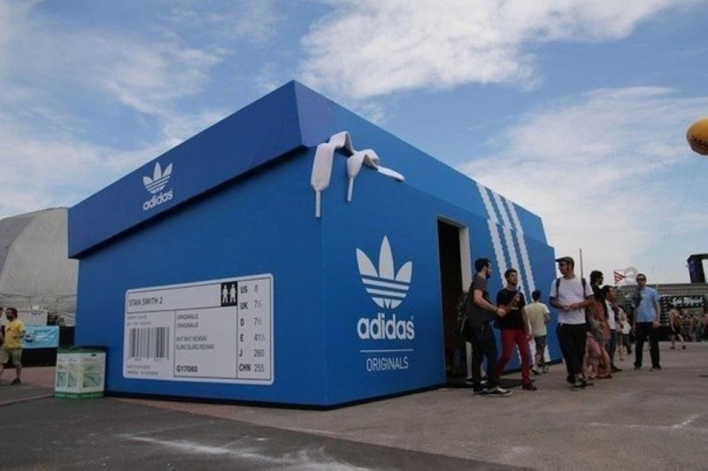 Магазин Adidas в Амстердаме