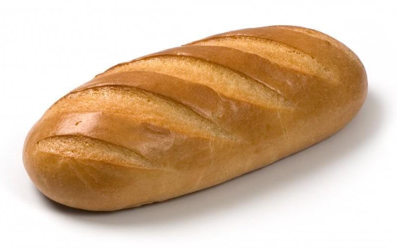 Употребляя дрожжевой хлеб, вы кушаете грибы. Предпочтение нужно отдавать ржаному хлебу. Рафинированная белая мука высших сортов, как и другие рафинированные продукты, уверенно входит в топ вредных продуктов питания. «Нарезной батон» не является полноценным хлебом. Это «сдоба», со всеми вытекающими.