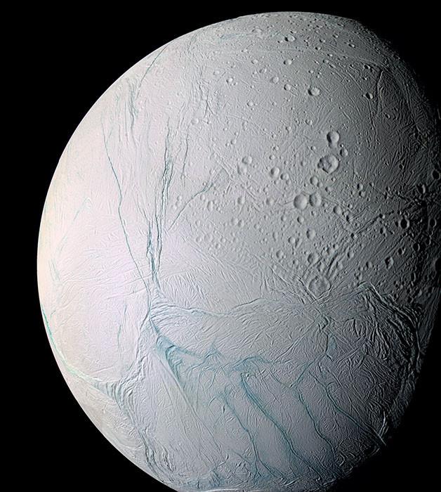 Ледяной спутник Сатурна Энцелад