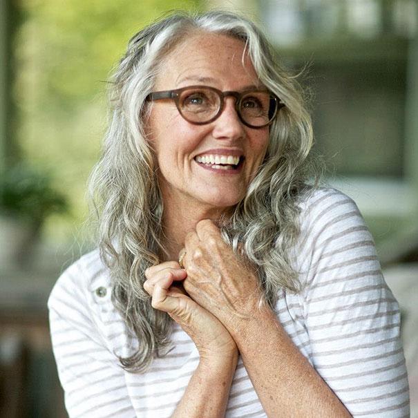 61-летняя модель Синди Джозеф