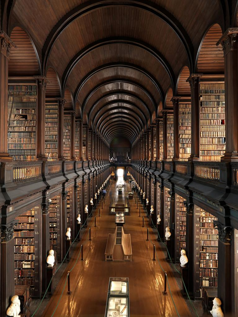 Библиотека Тринити-колледжа, Дублин, Ирландия