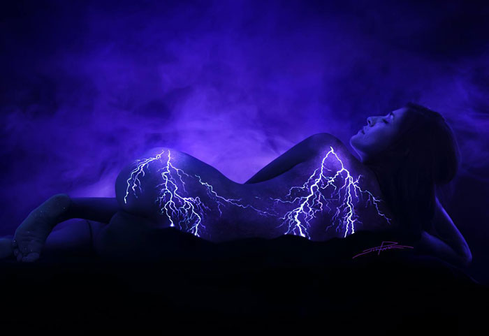 body-painting-uv-light-bodyscapes-john-poppleton-1