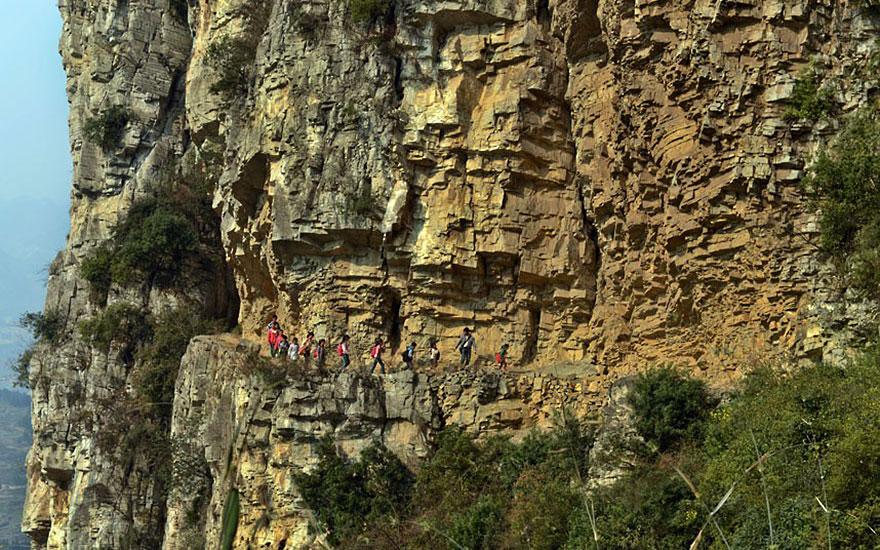 5-часовая дорога в школу, Гулу, Китай
