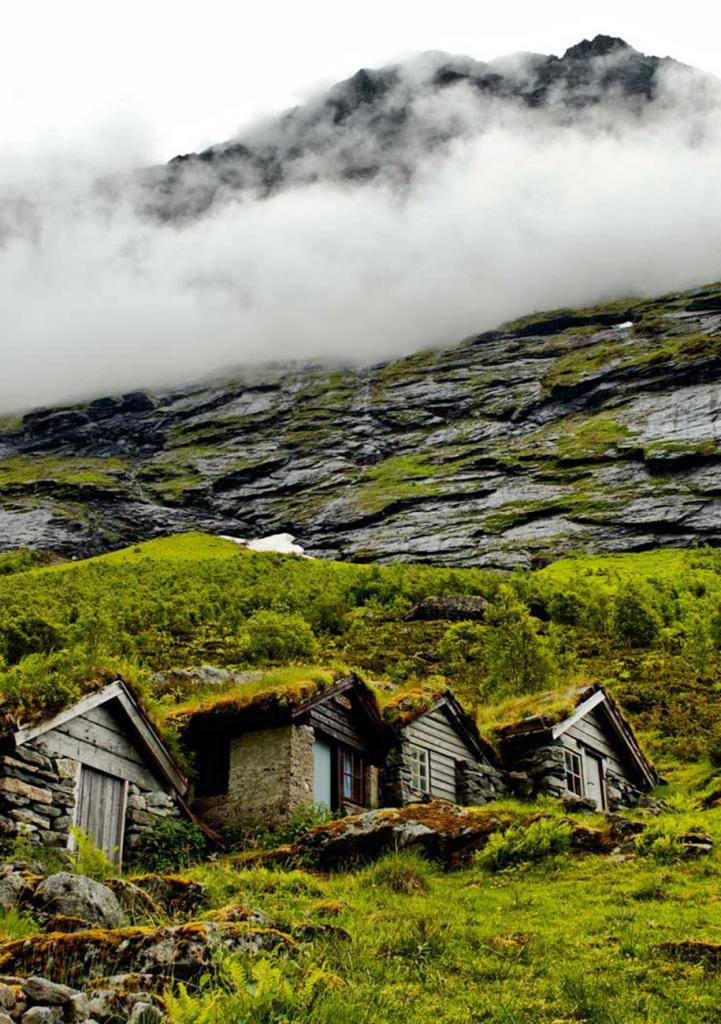 Старые фермерские домики