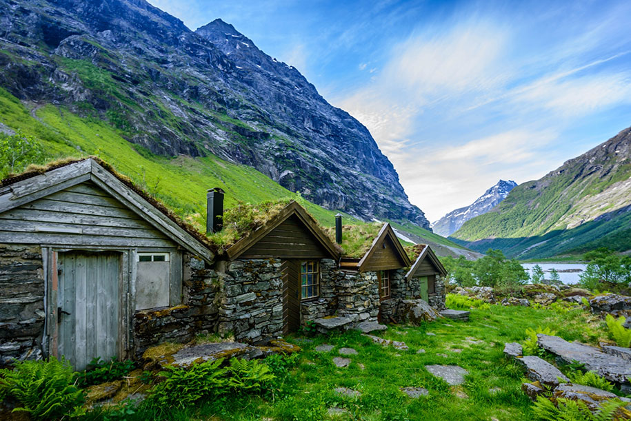 fairytale-photos-nature-architecture-buildings-norway-31
