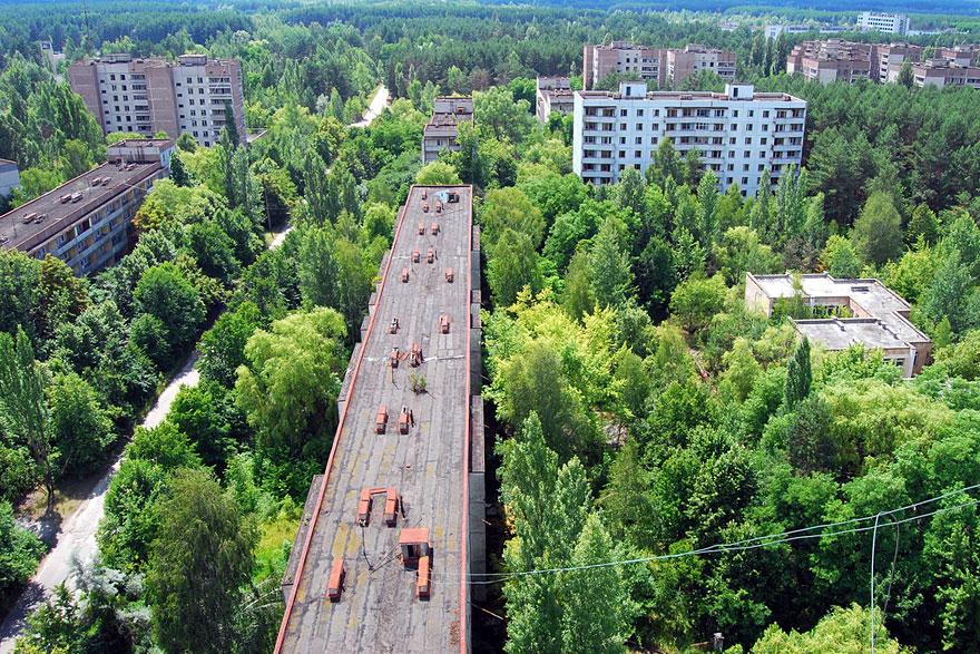 Покинутый радиоактивный город Припять, Украина