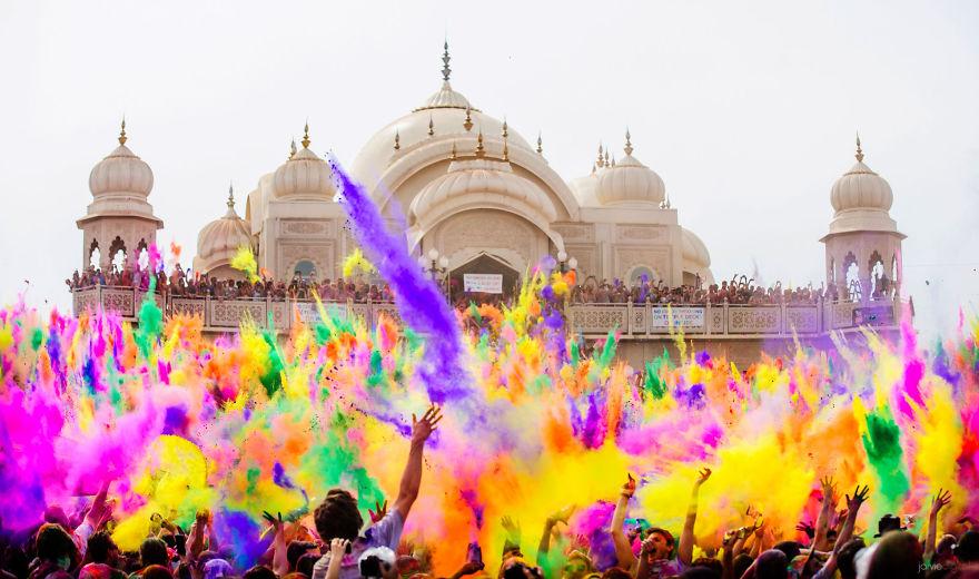 Холи, Индия