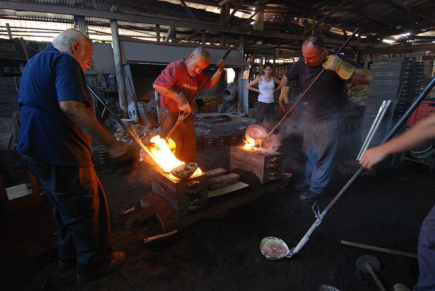 wood-casting-aluminum-furniture-hilla-shamia-12