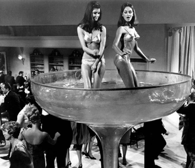 Новогодняя вечеринка, 1960-х.