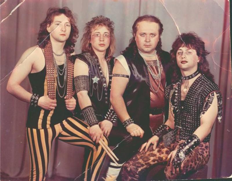 """Белорусский метал–бэнд """"Вепри суицида"""", 1980–е."""