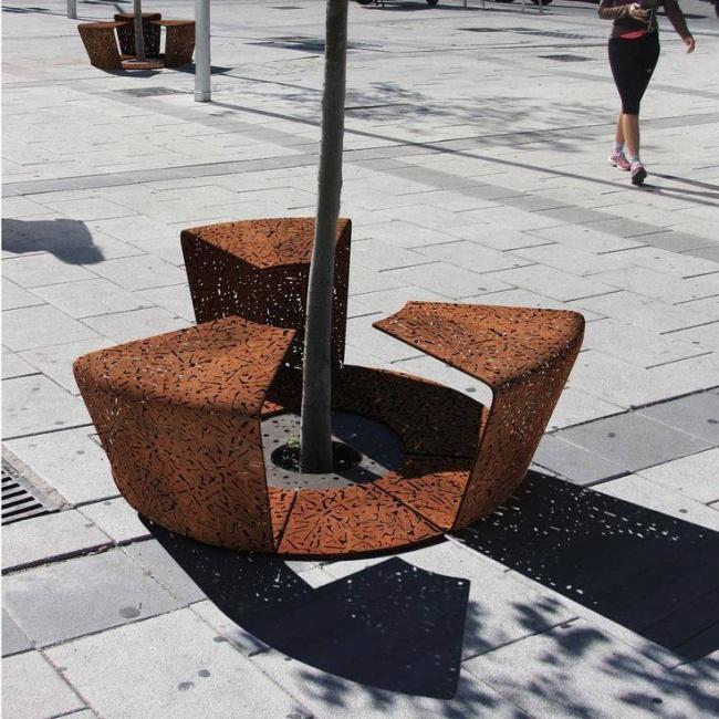 2 в 1 — скамейка и защита для дерева