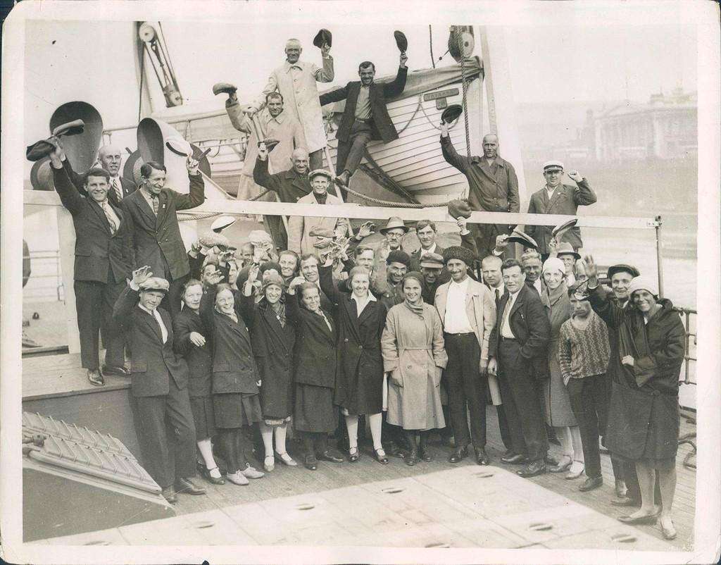 Советские туристы в Лондоне. 10 августа 1931 года.