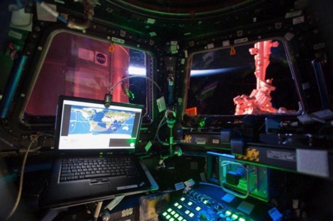 Интерьер модуля «Купол» на МКС.