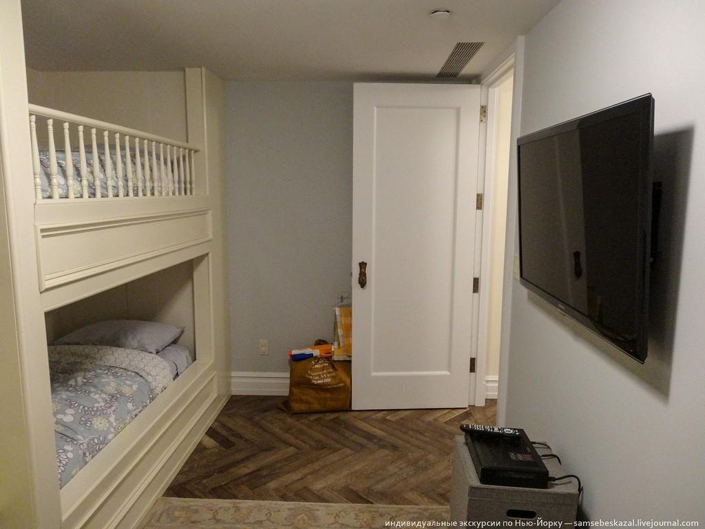 А это совсем чудесная комната.