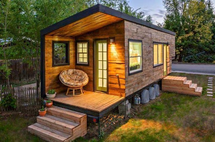 Маки Миллер построил его, чтобы избежать ипотеки и стресса всего за 11 000 долларов.