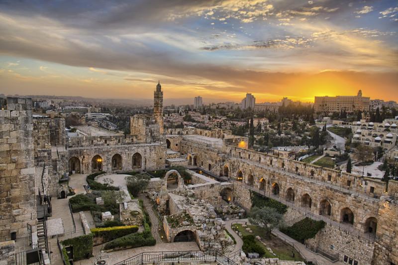 Уровень поддержки действий США составляет 84%. Население Израиля превышает 8 млн. человек.