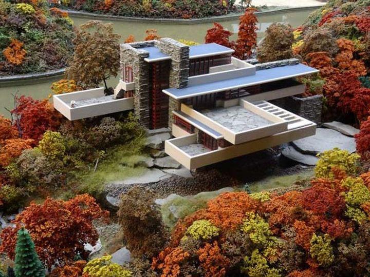 Архитектор разработал этот дом специально для своих клиентов, семьи Кауфманн.