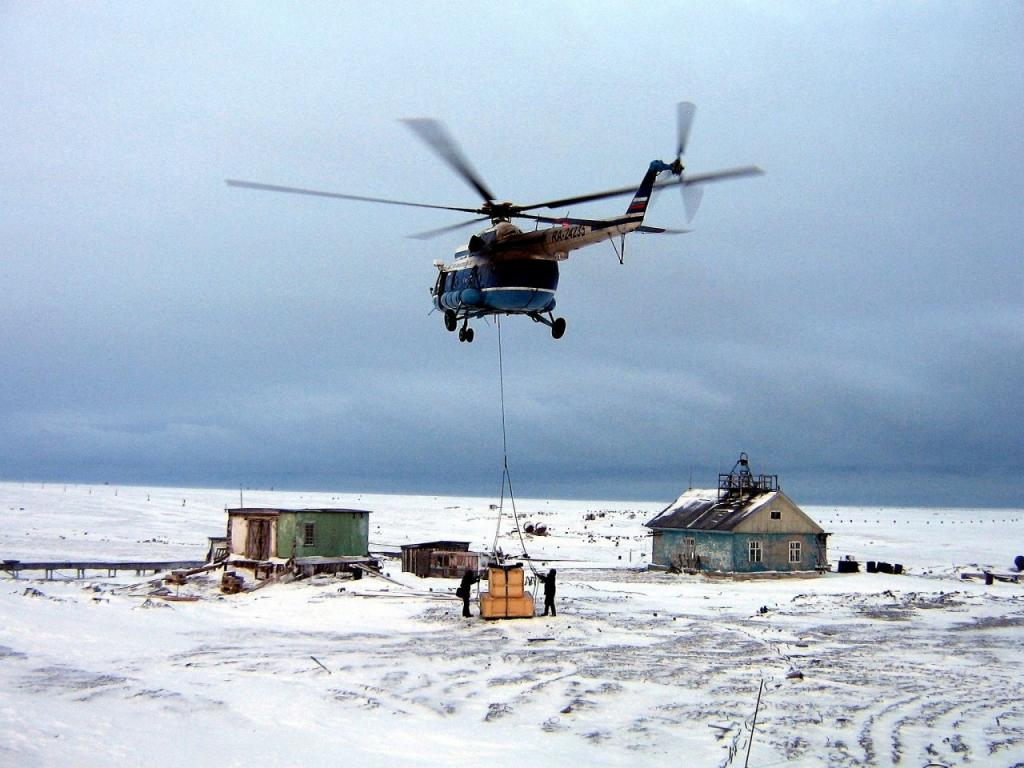 Климат здесь Арктический и очень суровый. 11,5 месяцев здесь царит климатическая зима.